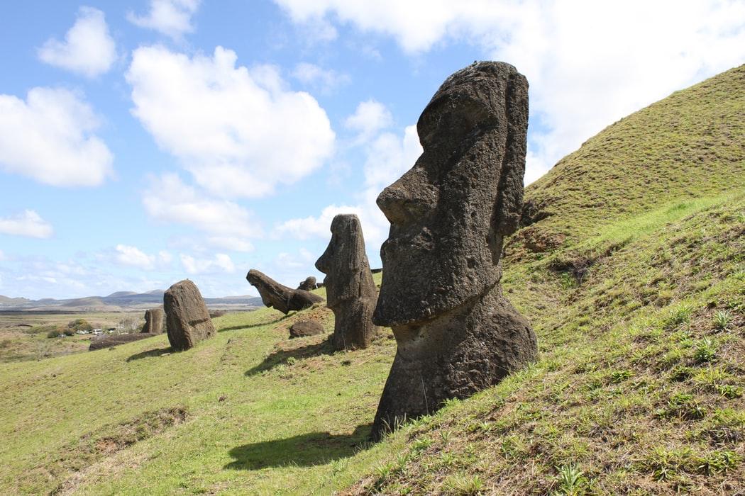 Veľkonočný ostrov - malý kúsok zeme na konci sveta ukrývajúci v sebe neobyčajné tajomstvá